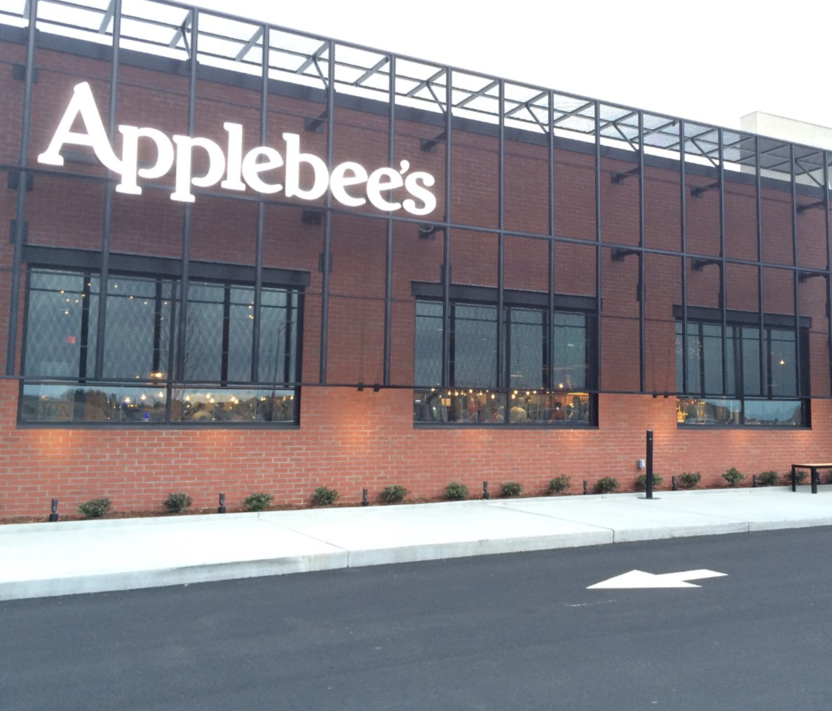 Applebee_s_Architectural_Skeleton_wall_w_illuminated_acrylic_formed_letters.jpg