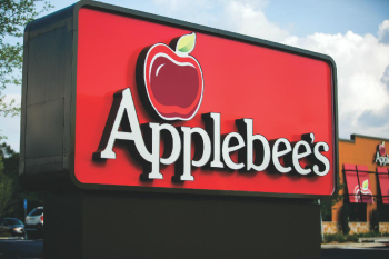 Applebees_Monument.jpg