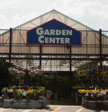 Lowes_Garden_Center_Cabinet_2.JPG